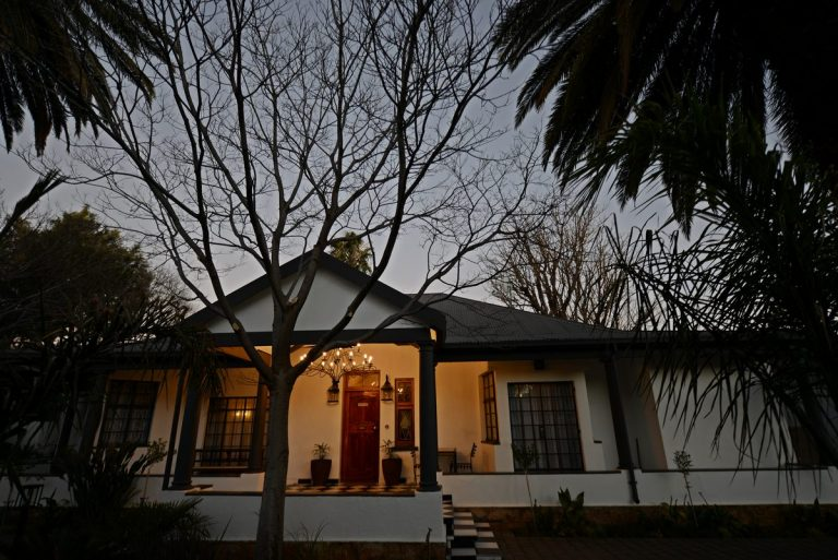 Milner House Guest House   Kimberley