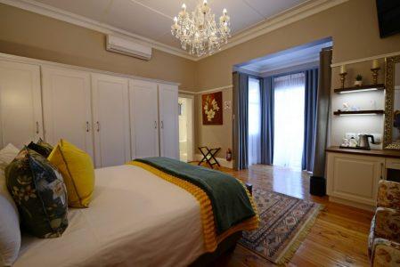 Elegant Accommodation in Kimberley   Milner House
